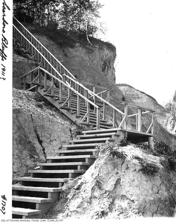 1911-stairs-on-scarborough-bluffs