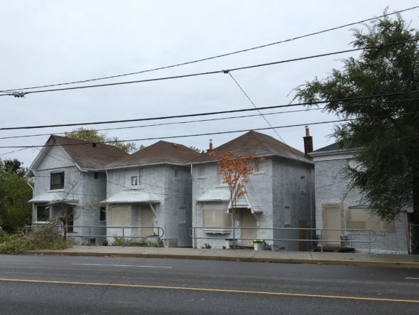 Houses to be demolished at Kingston Rd. and Birchcliff Ave. to make way for condo.